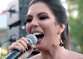 Marcela Monteiro fala sobre sua carreira musical - Bloco 2