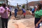 Após protestos por falta d'agua, Deso realiza obras no Coqueiral, em Aracaju