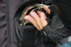 Homem é preso com drogas e mais de R$ 1,6 mil em Siriri