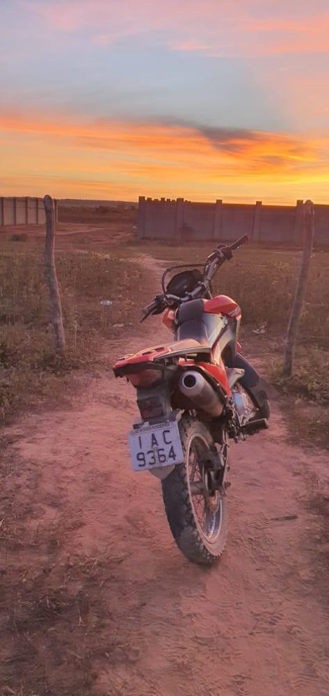 Após troca de tiros, PM recupera moto roubada na cidade de Poço Verde